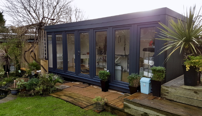 Garden offices uk garden cabins garden outhouses for Garden studio uk