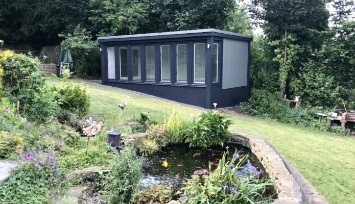 Large garden office with skirting