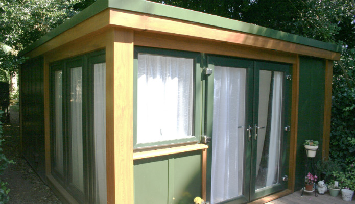 Granny annexe side windows on a 12' x 18' QC6 granny annexe installed by Booths Garden Studios