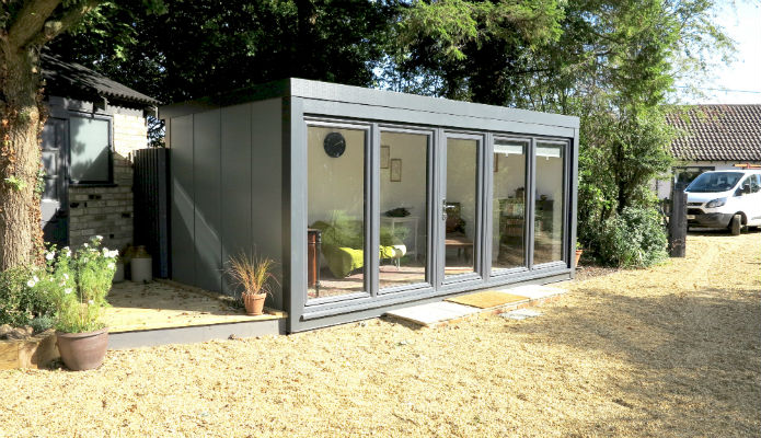 Garden office rental 16' x 8' (4880mm x 2440mm) QCB garden office