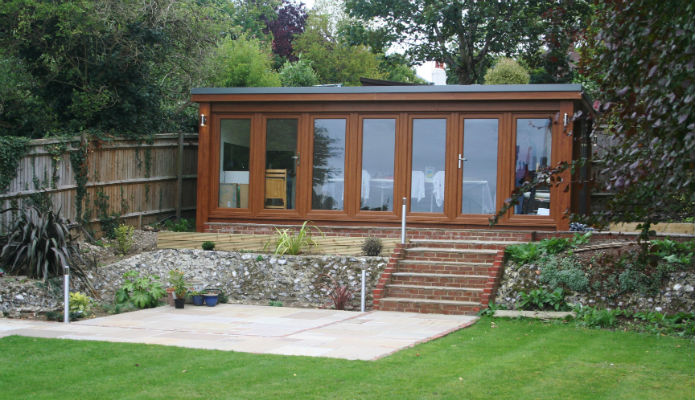Garden room classroom used for painting tuition
